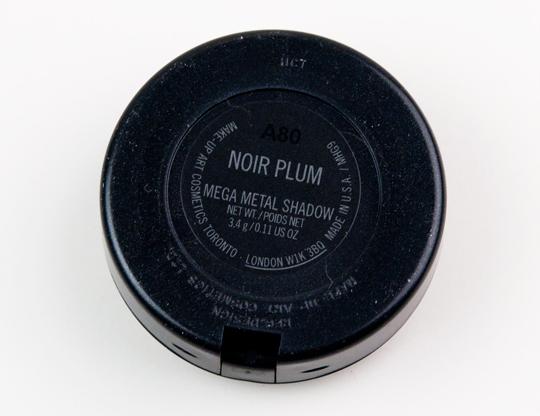MAC Noir Plum Mega Metal Eyeshadow
