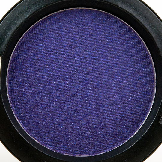 MAC Noir Plum Mega Metal Eyeshadow