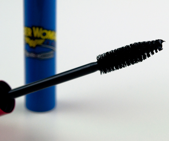 MAC Wonder Woman Opulash Mascara
