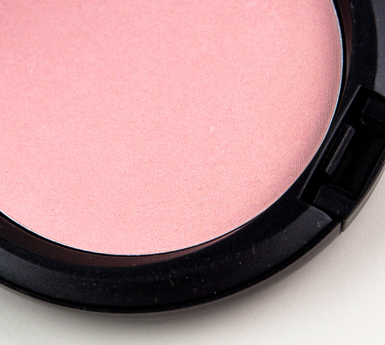 MAC Play It Proper Beauty Powder
