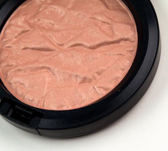 MAC Rose Ole Special Reserve Highlighting Powder