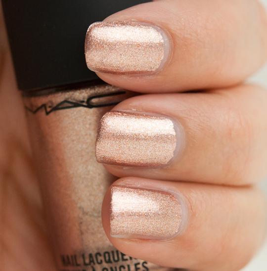 MAC Soiree Nail Lacquer