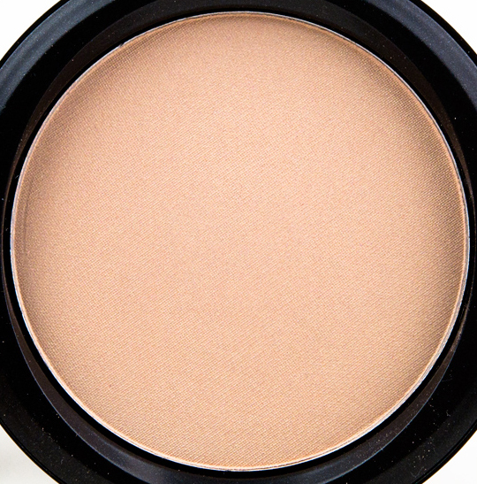 MAC Too Chic Beauty Powder