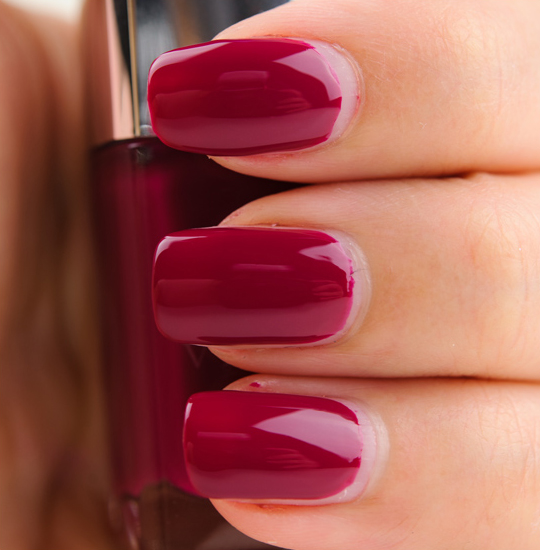 Dior Graphic Berry Nail Lacquer