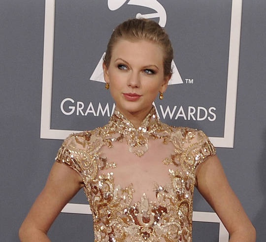 Taylor Swift - 2012 Grammy Awards