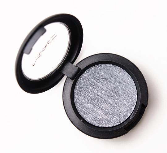 MAC Cyber Metal-x Cream Eyeshadow<