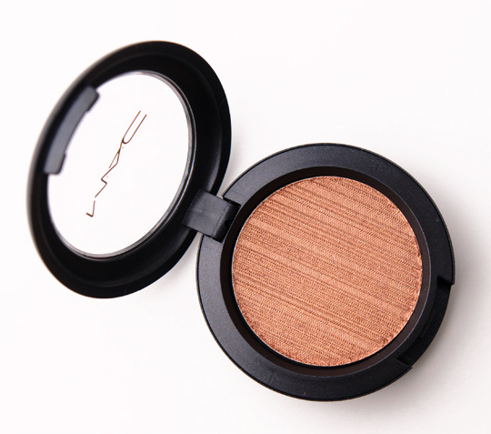 MAC Rusty Metal-x Cream Eyeshadow<