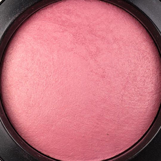 MAC Gentle Mineralize Blush