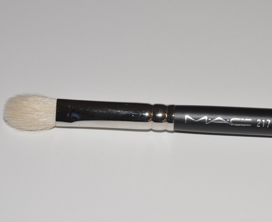 217 Synthetic Blending Brush by MAC #21