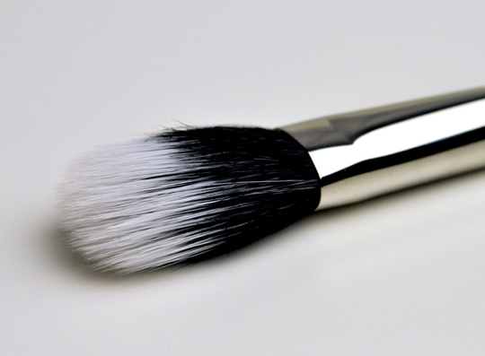 MAC 131 Brush