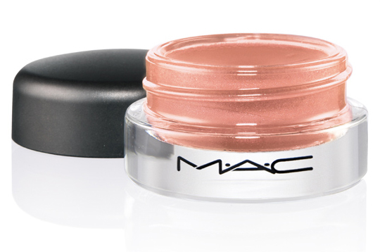 MAC Pret a Papier Collection