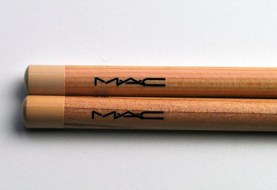 MAC Pret a Papier Collection