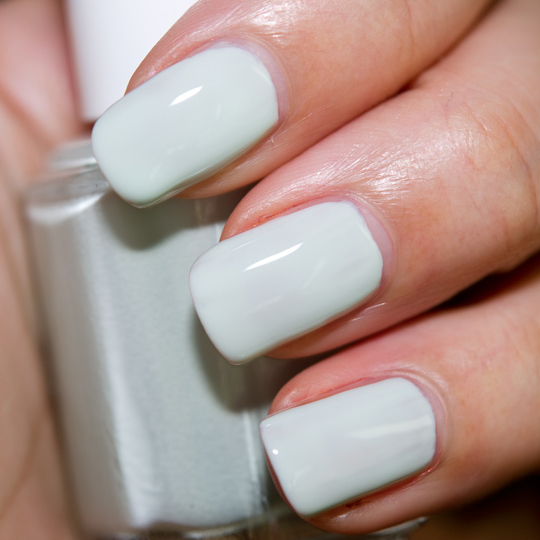 Essie Absolutely Shore Nail Lacquer