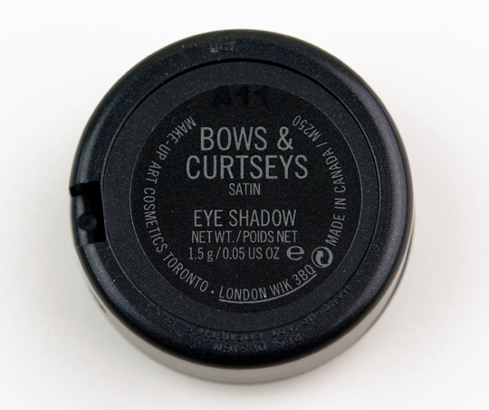 MAC Bows & Curtseys Eyeshadow