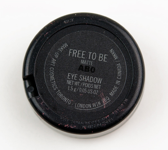 MAC Free To Be Eyeshadow