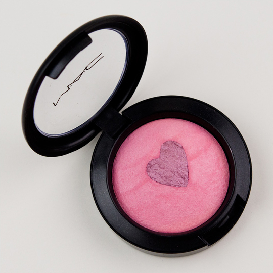 MAC Giggly Mineralize Blush