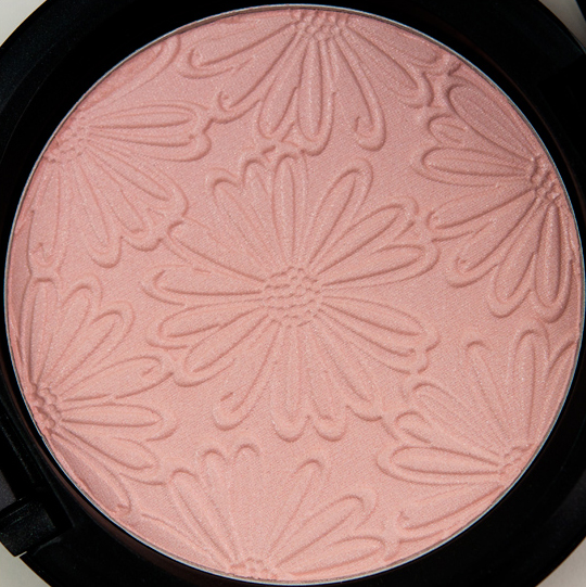 MAC Light Sunshine Beauty Powder