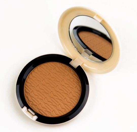 MAC Gold-Go-Lightly Studio Careblend Pressed Powder