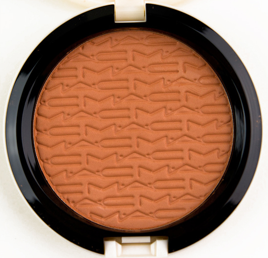 MAC Lush-Light Bronze Studio Careblend Pressed Powder