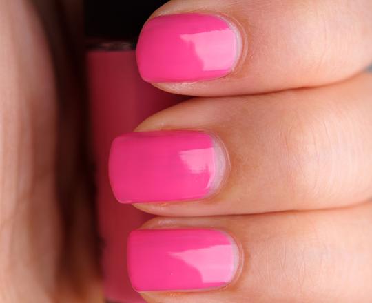 MAC Pink Nouveau Nail Lacquer