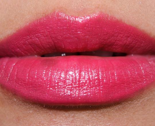 MAC Speak Louder Cremesheen Lipstick Review, Photos, Swatches