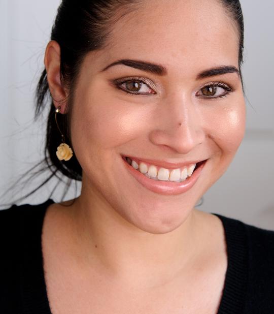 Sleek Makeup Peach Shimmer Glo Face & Body Highlighter
