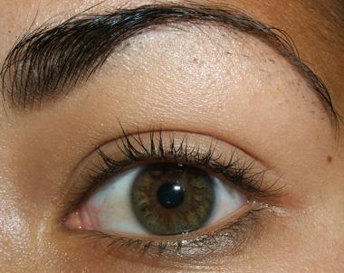 طريقة عمل مكياج عيون وردي ناعم للبنات بالصور tutorial_frescopink002.jpg