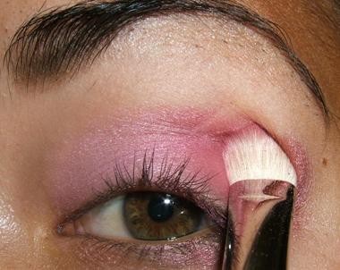 tutorial frescopink014 Soft Pink Look Using Fresco Rose Paint Pot