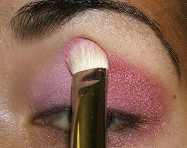 tutorial frescopink016 Soft Pink Look Using Fresco Rose Paint Pot