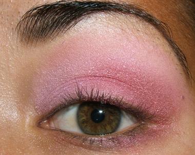 tutorial frescopink018 Soft Pink Look Using Fresco Rose Paint Pot