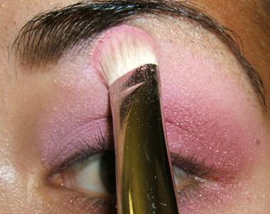 tutorial frescopink019 Soft Pink Look Using Fresco Rose Paint Pot
