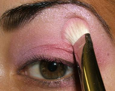 tutorial frescopink021 Soft Pink Look Using Fresco Rose Paint Pot