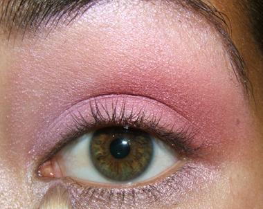 tutorial frescopink024 Soft Pink Look Using Fresco Rose Paint Pot