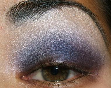 خطوات عمل مكياج عيون جذاب بالصور tutorial_purplesmoke022.jpg