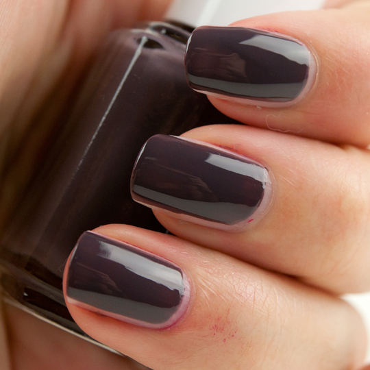 Essie Smokin Hot Nail Lacquer Review Swatches
