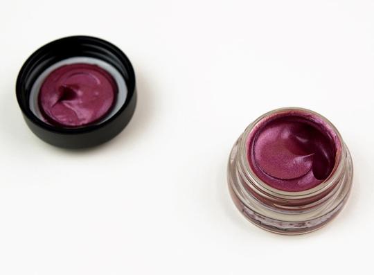 MAC Luxury Touch Big Bounce Eyeshadow