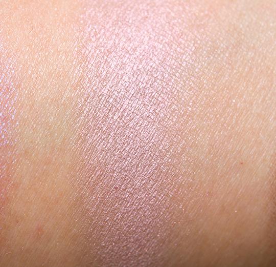 MAC Seedy Pearl Eyeshadow