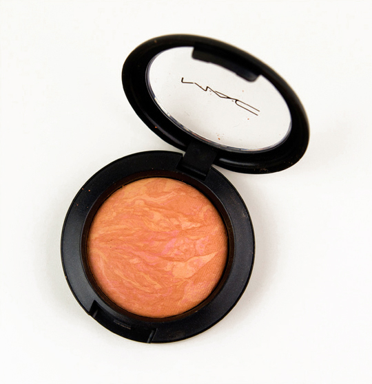 MAC Warmth of Coral Mineralize Blush