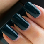 MAC Deep Sea Nail Lacquer