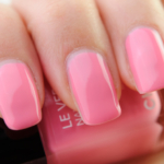 Chanel May Le Vernis Nail Colour