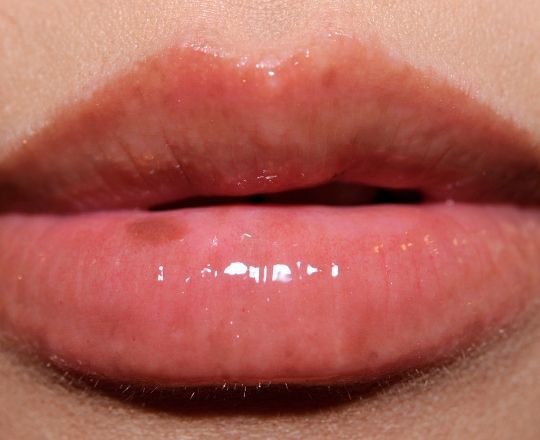 Bobbi Brown Citrus Sheer Color Lipgloss