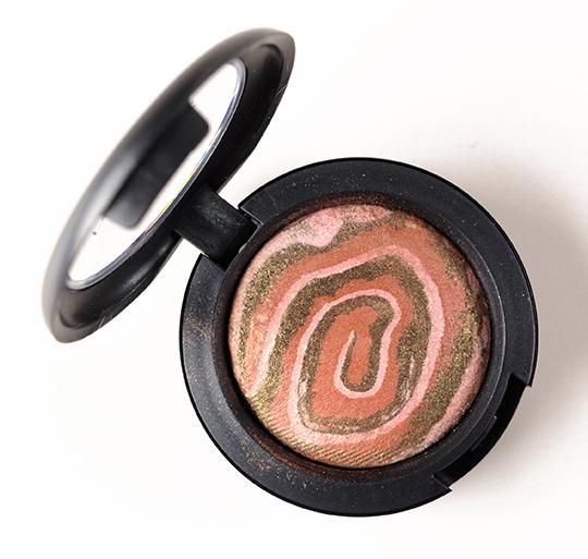 MAC Aurora Mineralize Eyeshadow