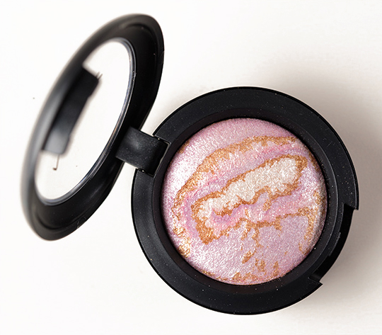 MAC Invincible Light Mineralize Eyeshadow