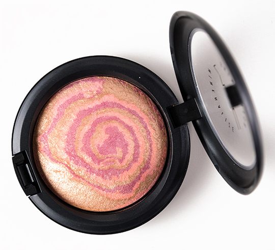 MAC Star Wonder Mineralize Skinfinish