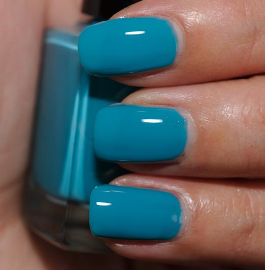 Bobbi Brown Turquoise Nail Lacquer