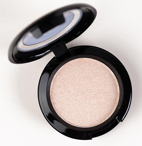 MAC Preferred Blonde Marilyn Monroe Eyeshadow