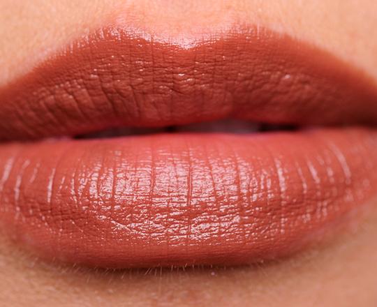 Bobbi Brown Uber Suede Rich Lip Color