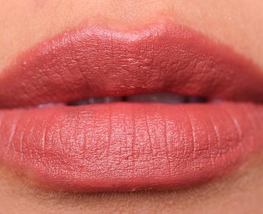 Burberry Pink Apricot Lip Velvet
