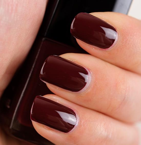 Chanel Accessoire Le Vernis / Nail Colour