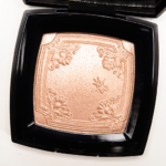 Chanel Mouche de Beaute Illuminating Powder Mouche de Beaute Illuminating Powder